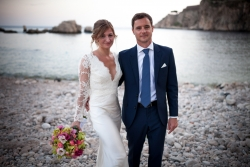 Bride and Groom at the sea in sicily